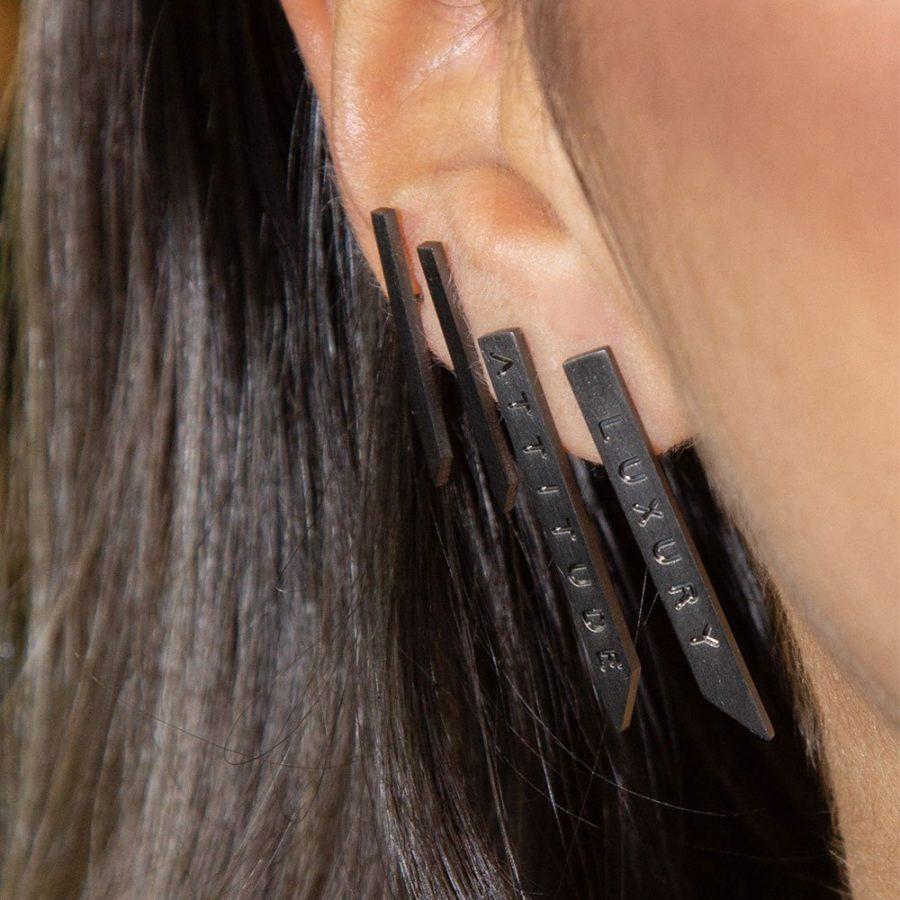 Set orecchini da donna nero opaco